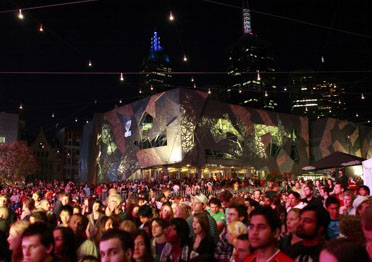 Free Earth Hour concert in Melbourne, 2009.