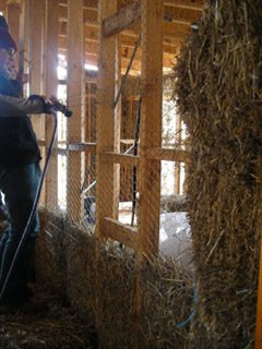 Internal straw bale walls provide high levels of internal wall insulation.